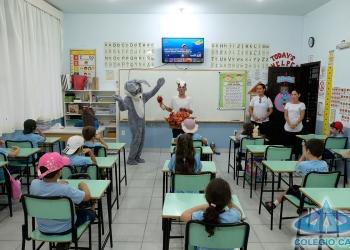 O COELHINHO DA PÁSCOA PASSOU NO COLÉGIO CAD